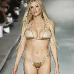 Charlotte McKinney pokies cameltoe in sexy lingerie on Beach Bunny runway show in Miami 9x UHQ photos