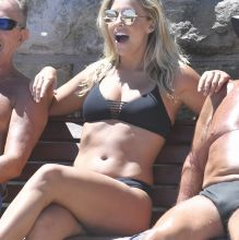 Natasha Oakley sexy bikini photoshoot in Bronte sea bath, Sydney 33x UHQ photos