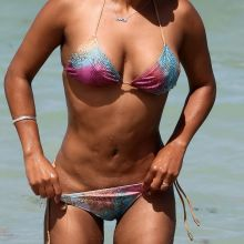 Christina Milian wearing sexy bikini on the beach in Miami 204x UHQ