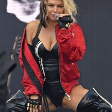 Stacy Fergie Ferguson big ass and boobs in latex bodysuit on stage Wireless Festival in London 46x UHQ photos