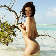 Julia Lescova nude for Treats! 2015 July 10x HQ