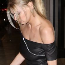 Charlotte McKinney braless pokies in tight dress arrives at the 'Mad Families' party 12x UHQ photos