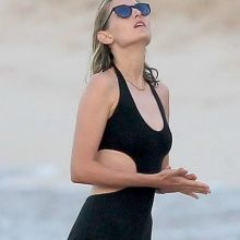 Leelee Sobieski wearing sexy swimsuit on the beach in St Barts 10x HQ photos