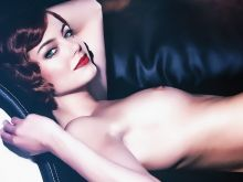 Emma Stone from Birdman nude on the couch photo shoot UHQ