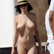 Katy Perry nude paparazzii photo UHQ