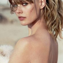 Frida Gustavsson sexy Elle magazine photoshoot 2014 May 25x HQ