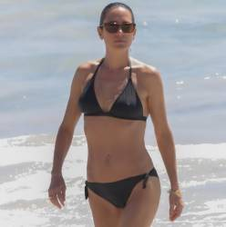 Jennifer Connelly sexy bikini cameltoe pokies candids on the beach in St Barts 66x HQ photos