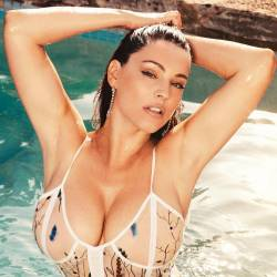 Kelly Brook hot lingerie cleavage Official 2018 Calendar big boobs pantyless 5x UHQ photos
