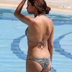 Selena Gomez hot bikini in Miami 71x UHQ
