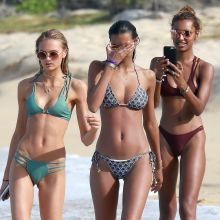 Lais Ribeiro, Romee Strijd, Jasmine Tookes tiny bikini cameltoe candids on the beach in Trancoso 99x UHQ photos