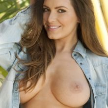 Sabine Jemeljanova topless Page 3 photo shoot 2014 July 3x UHQ