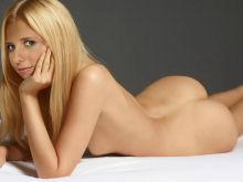 Sarah Michelle Gellar young and nude UHQ photo